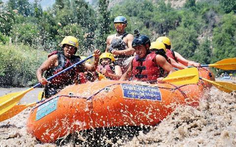 CHILE-RAFTING
