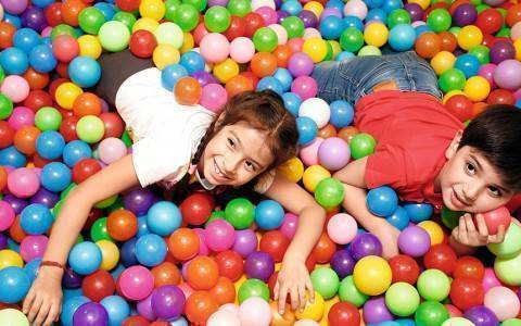 KIDS-PLAY-PARK