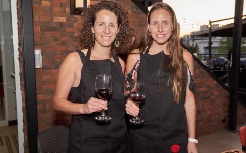Nicole Cardoen y Paula Cardoen