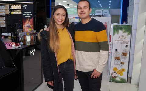 Gabriela Aravena y Camilo Castro